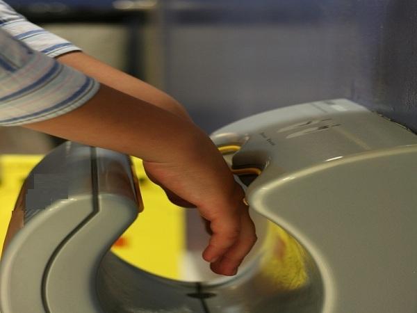 hand-dryer-1